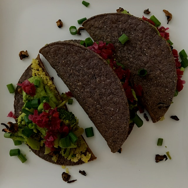 I could eat crunchy veggie tacos everyday! 😋 #getreal