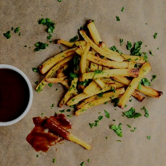 Baked Parsnip Fries + Apricot BBQ Sauce:)