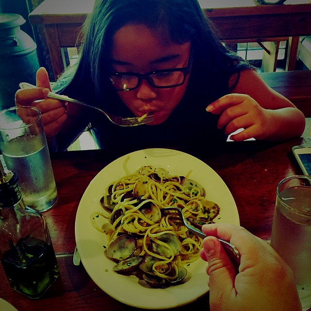A perfect plate of linguine and clams in white wine for Cecelia and me!  #NoFoodWaste