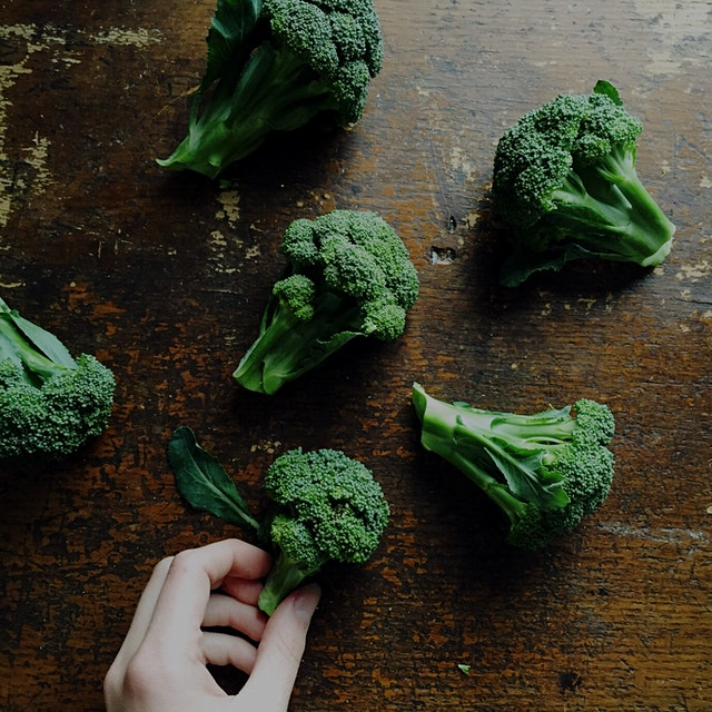 The cutest little baby broccoli heads just harvested at @skylightfarm!   Don't throw away your br...