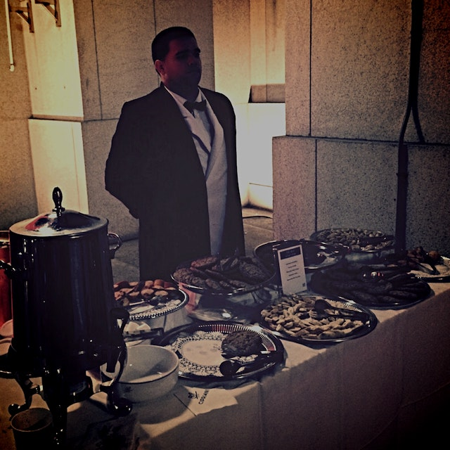 Outdoor dessert bar upon exiting the venue...Just in case you didn't indulge enough inside...;)