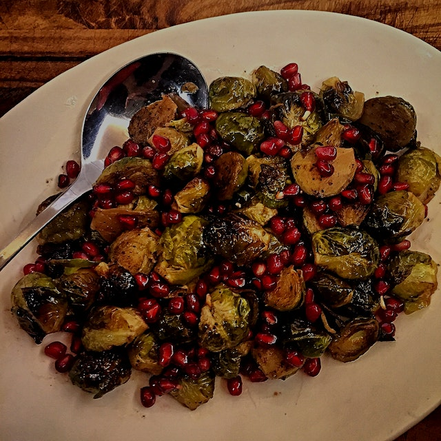 Last night we had turkey dinner with friends  (my fave dinner!) So I tried a new side dish. Roast...