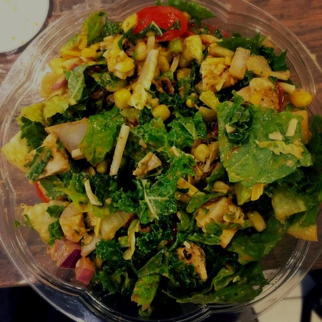 #SPOONHEALTH yummy salad from fresh and easy!  So fresh, so easy! @#spoonfeedcu