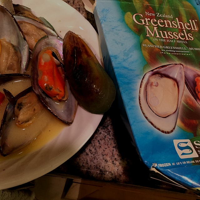 Found the amazingly yum Green new Zeelande mussels I ve been looking for at our local Shoprite. M...
