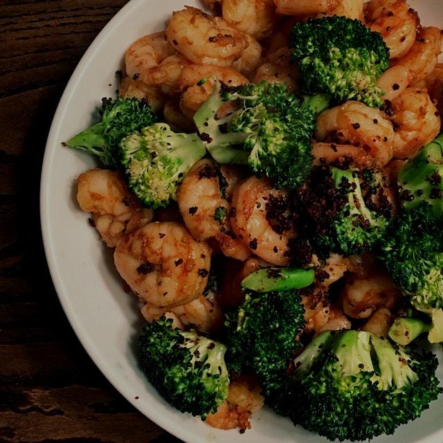 Shrimp and broccoli sautéed in ghee, mustard seed and GARLIC. #dinner
