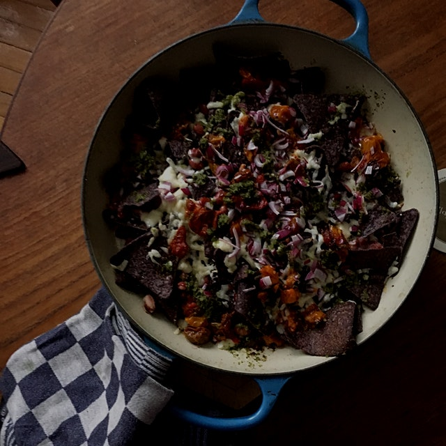 Everything-from-the-pantry nachos from this weekend's blizzard: #Kalustyans zhug (Yemenite dynami...