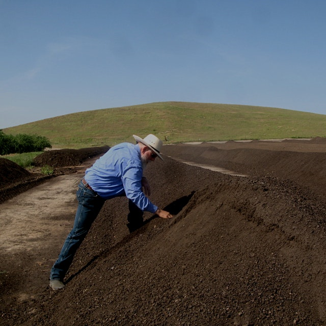 Jerry Brown and other lawmakers are helping California farmers fight climate change. #foodnews