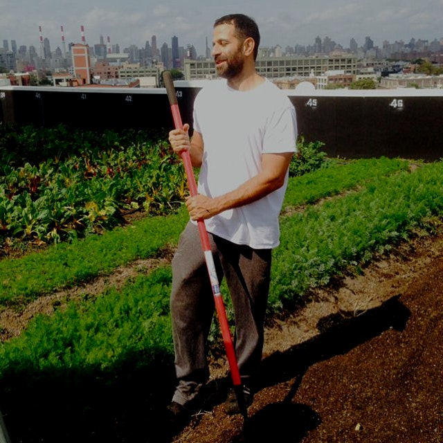 We visited the largest farm that exists on a rooftop in NYC! #BrooklynGrange On Saturdays they ar...