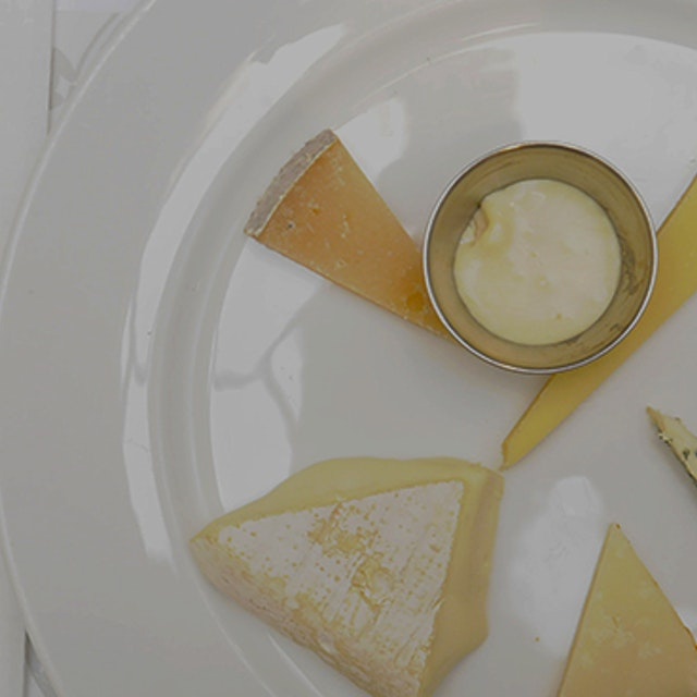 """A veteran cheese judge shares his technique for REALLY tasting cheese"" Tips from a regular on th..."