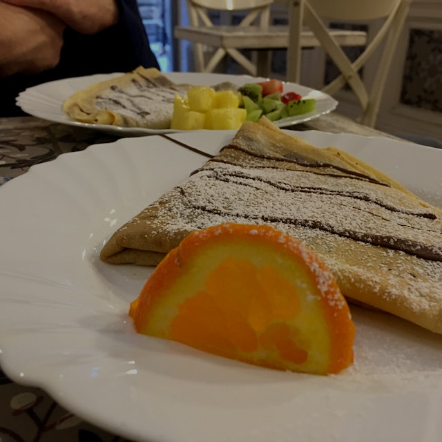 I could go for a nice Italian Nutella crepe right now! #throwbackWednesday 😜🇮🇹