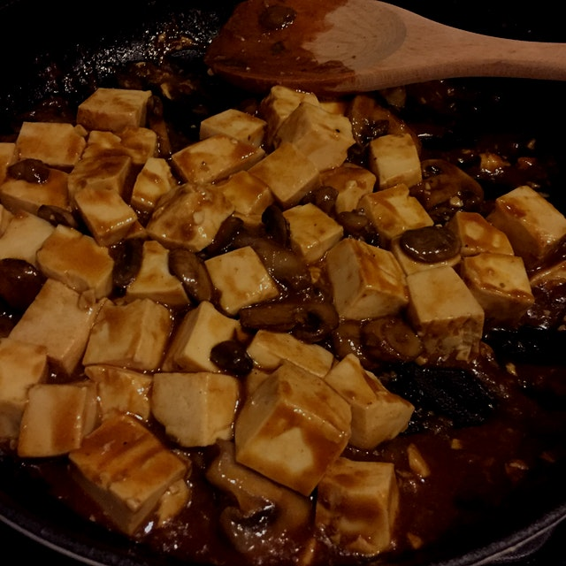 Opted for mushrooms instead of ground beef for my mapo tofu tonight!