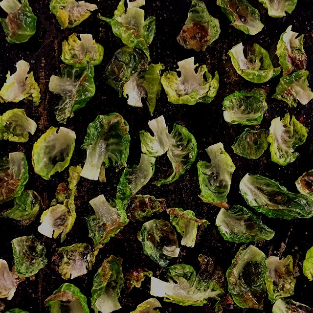 """""""Kale Chips. The uber trendy, slightly ubiquitous 'health food' phenom from 2013 has been suppla..."""