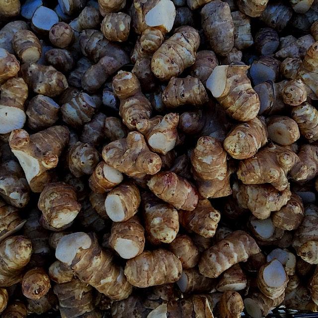 """""New food of the week: Jerusalem Artichokes, as called Sunchokes  Tastes like an artichoke with ..."