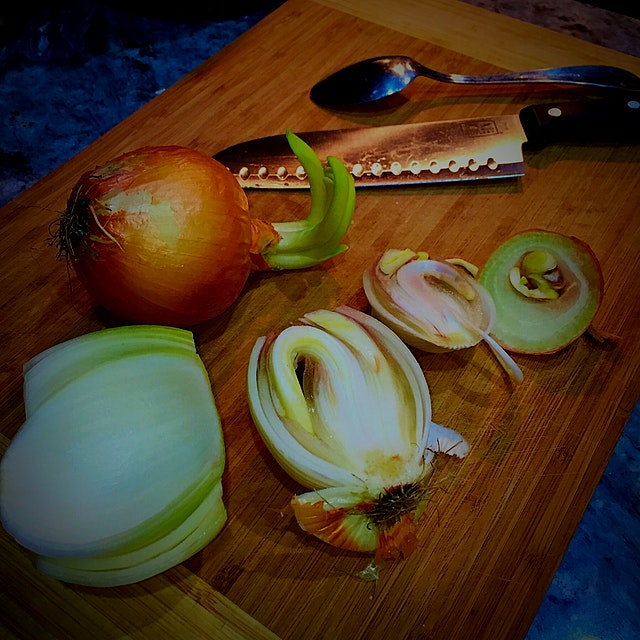 Looking for some #kitchentips! I've just learned that onions don't last forever (I knew that, but...