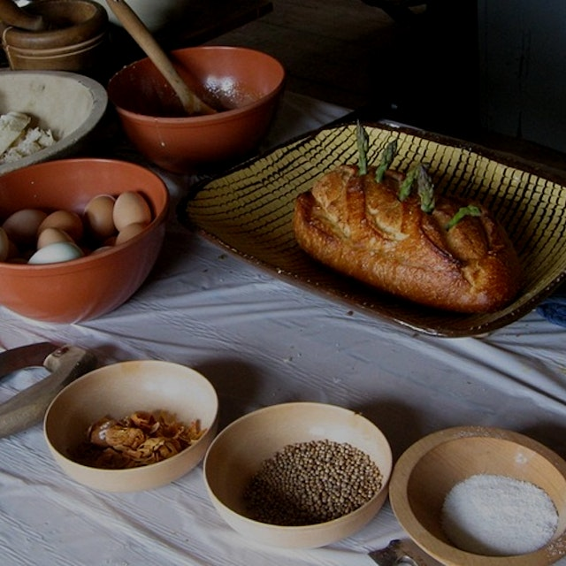 """""""Join us in the kitchen of our historic farmhouse and learn how early settlers prepared food usin..."""