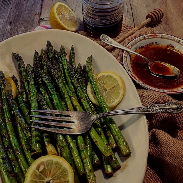 """Ontario Asparagus is in full swing right now.  It's a luscious time of the year at the markets, ..."