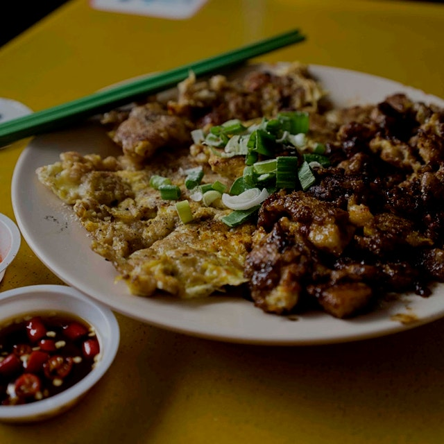 """""""Singaporeans are passionate about their street food. Everyone has an opinion on which food stall..."""