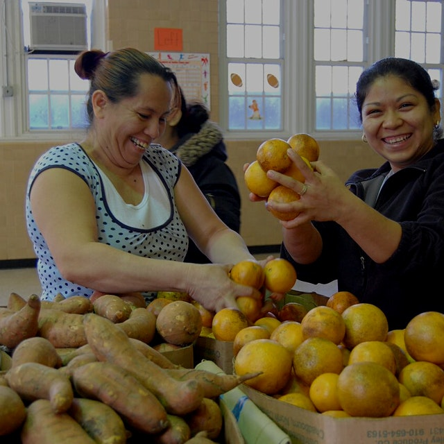 """""""D.C.'s Capital Area Food Bank aims to offer healthier food choices."""""""