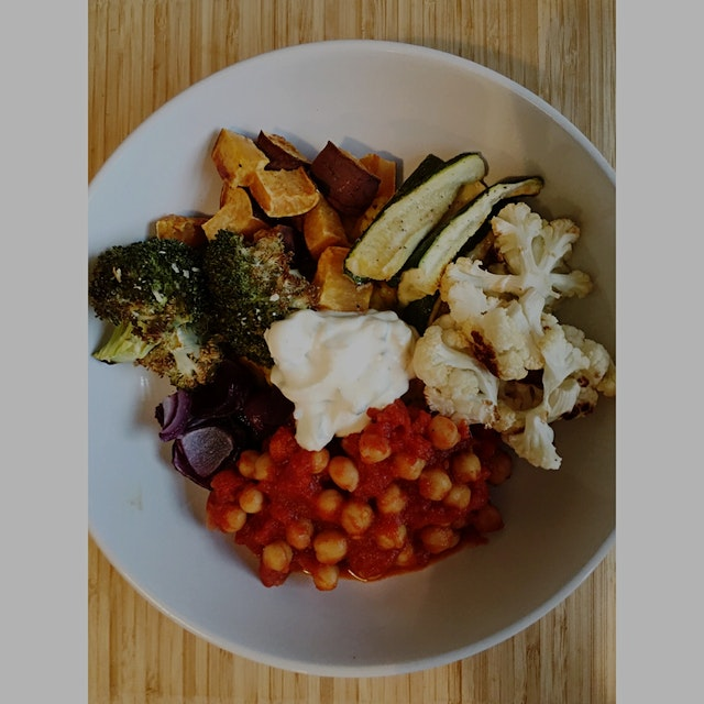 Harissa tomato chickpeas, basmati rice with turmeric and bay leaf, and alllll the veggies. Topped...