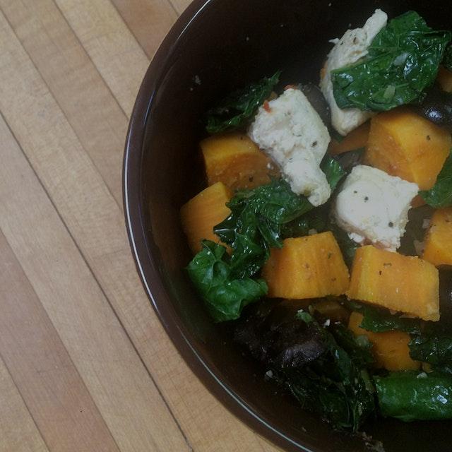 Leftover chicken (organic) + steamed sweet potato & kale + black olives + apple cider vinegar & h...