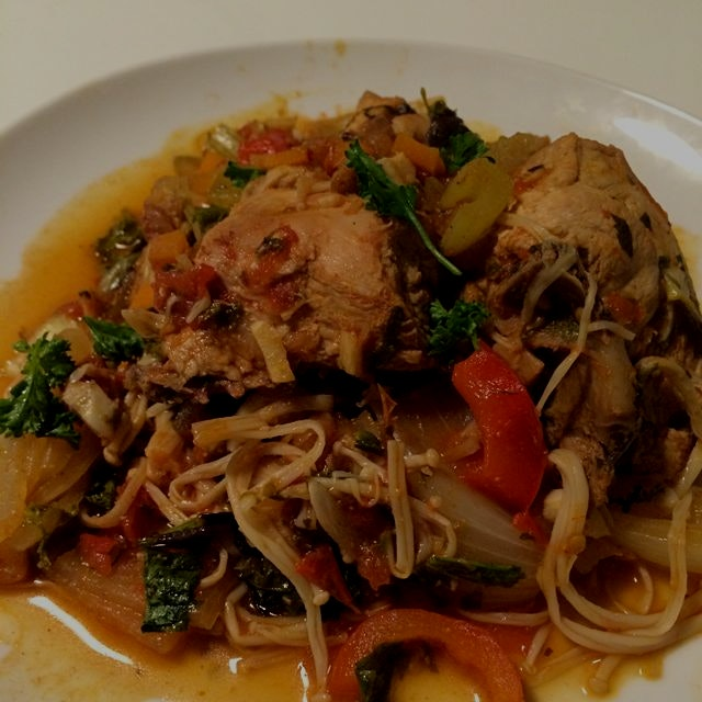 Braised balsamic chicken on a bed of greens and enoki mushroom. Easy, fresh, healthy, AND delicio...