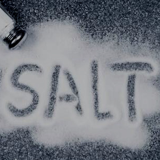"""Does eating salt actually make you thirsty? Er, nope"""