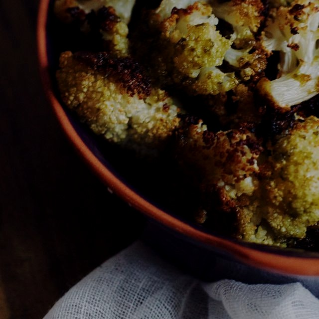 Roasted cauliflower with homemade pesto! On the blog- Foodbymars.com