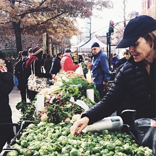 Look for City Harvest volunteers at your farmers markets today - they are collecting fresh produce donations to feed ppl in need on thxgvg