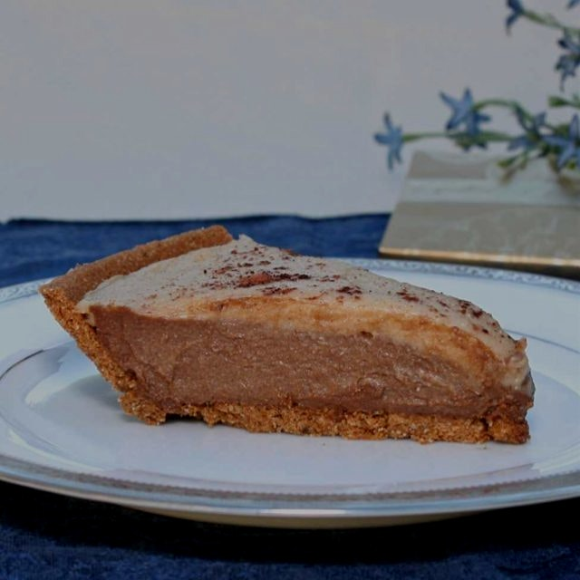 Gluten and dairy free chocolate cream pie...easy and delicious. Also vegan, with paleo filling. 😋...