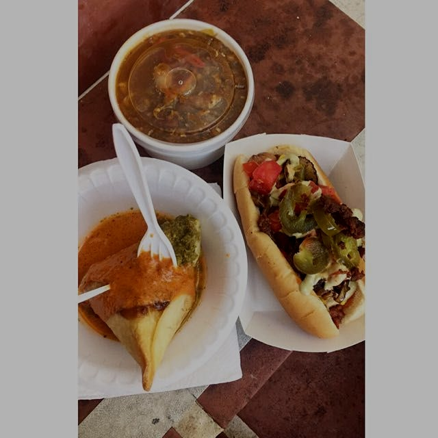 Mmm farmers market food😃