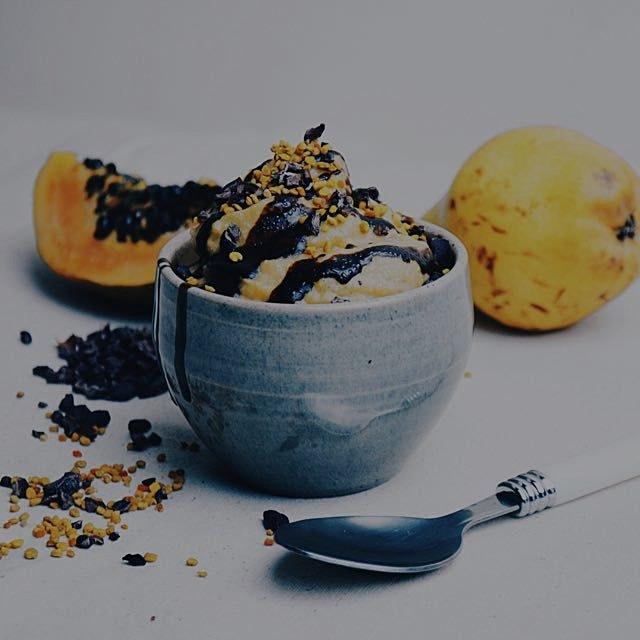 Mango coconut maca icecream 💛 recipe soon on my website