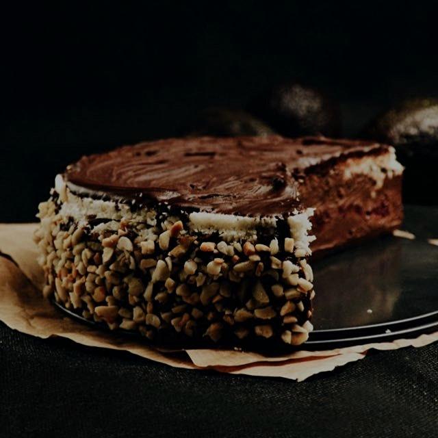 Hazelnut raw vegan cake