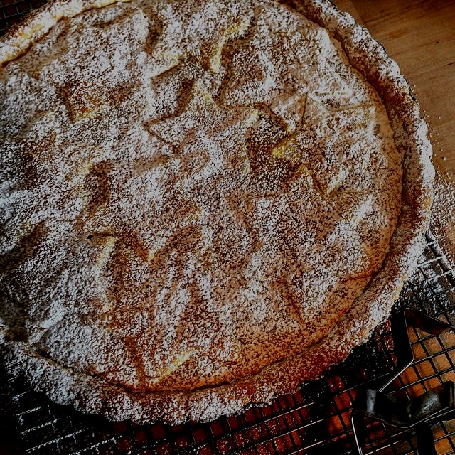Furstekake, a Norwegian almond & cardamom tart. A marzipan or frangipani filling. I was thrilled ...