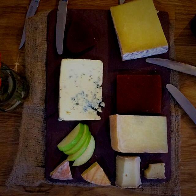 British Cheese Plate. #devonblue #hafod #corralinn #englishquince