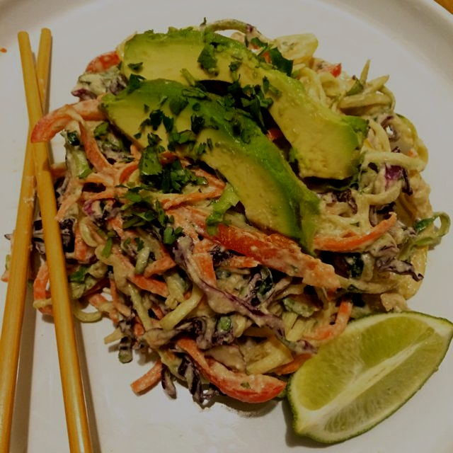 Fresh raw vegan Zoodles in a garlic ginger cashew cream! This dish was inspired by the complexiti...
