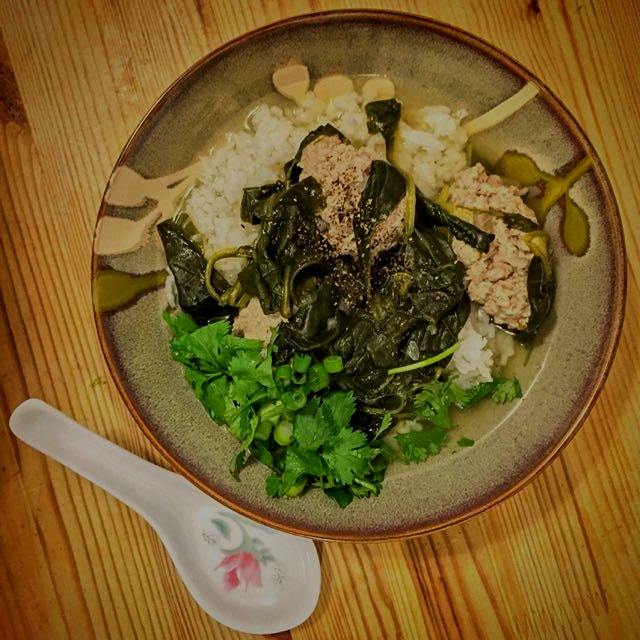 Comfort during the blizzard: Vietnamese spinach soup with pork meatballs over rice