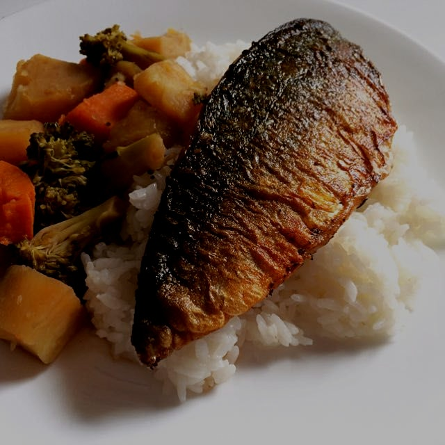 Mackerel with Japanese home-style braised veg!