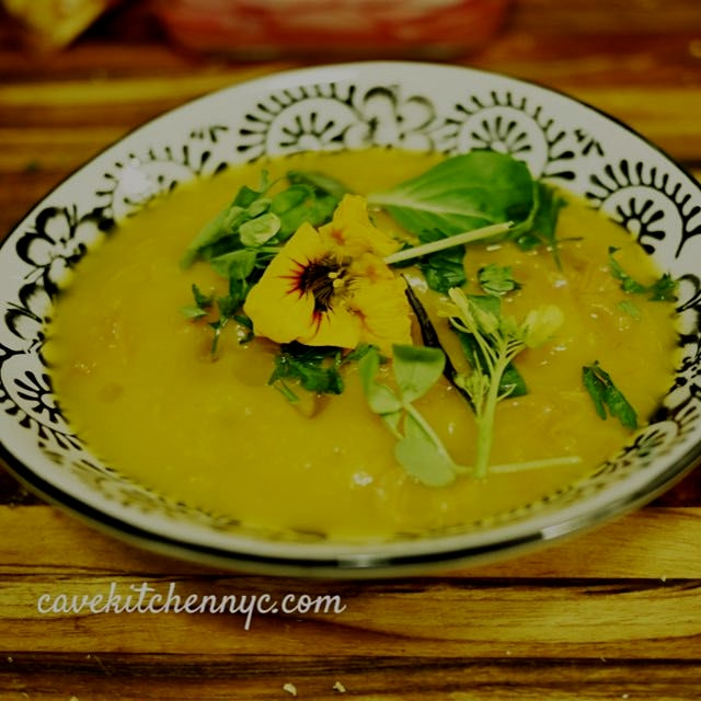 Put a #smile on that brutal winter with an #edible flower 🌸. Winter #squash soup with smoked ham ...