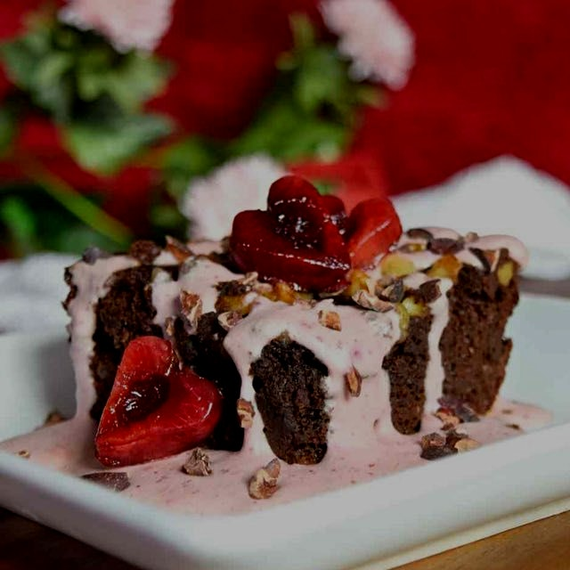 Vegan cherry cream with sweet potato paleo brownies...yum! Both recipes are on the link in my bio...