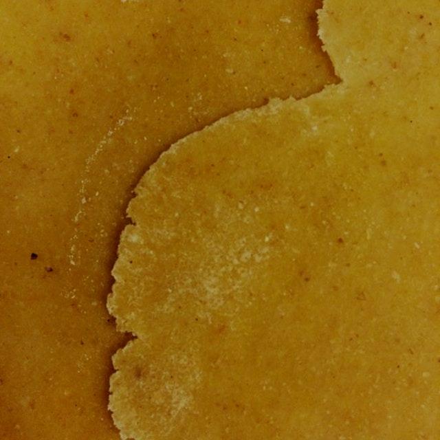 Dholki me @govani (flour-based + diamond shape)