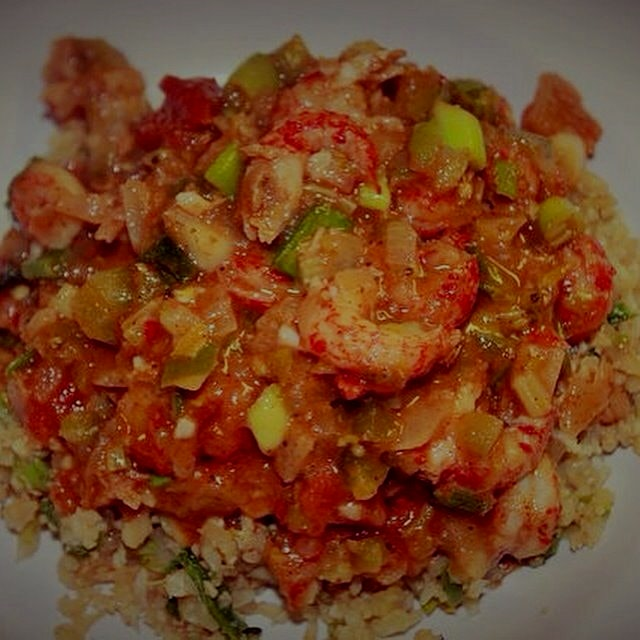 Healthy crawfish étouffée over dirty cauliflower rice- on the blog http://amouthfulofmoderation.c...