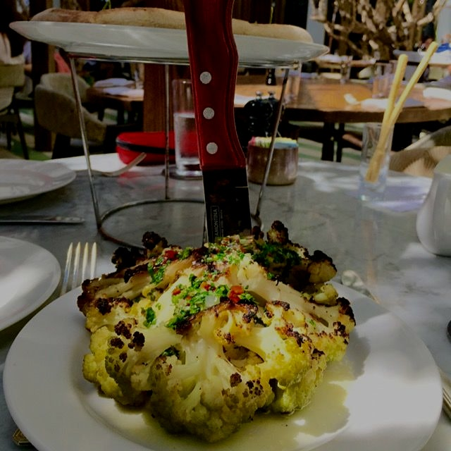 Food experiment gone terribly right!!!! Whole roasted #cauliflower with #garlic aioli and #salsav...