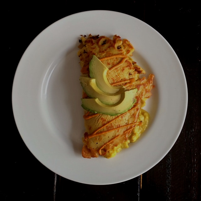 Curry chickpea crepe with avocado!