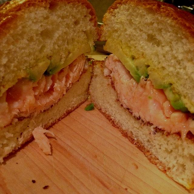 Succulent salmon sandwich for dinner