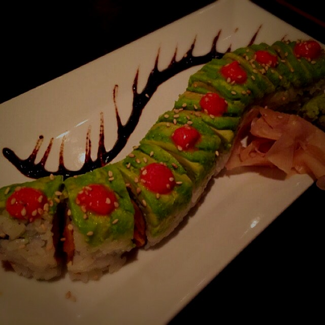 Getting creative with #sushi - Caterpillar Roll! #vegan