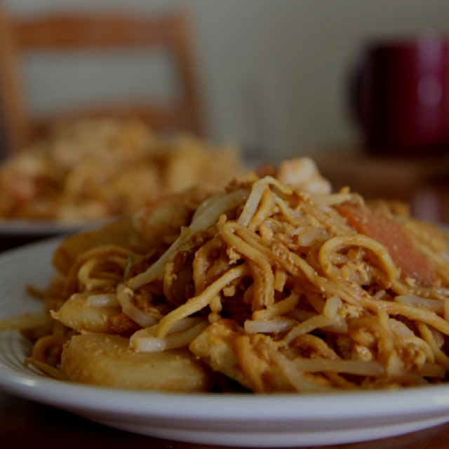 Just published the first Kitchen Chapters recipe, for Malaysian fried noodles! It has a great sto...