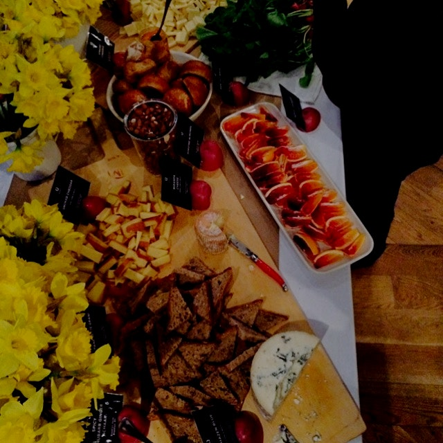 Lovely spread at #fbf15 yesterday prepped by the delightful @quinciplekate of blood orange, chedd...