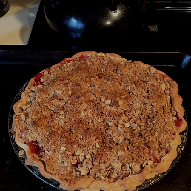 First pie of the season: strawberry rhubard. Oh hello spring =)