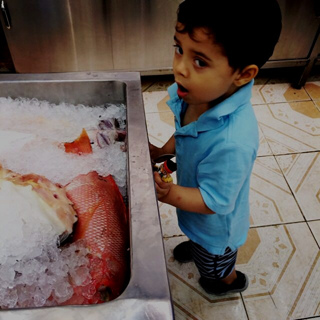 As a mom I think it's important to show my son what real food is! So today we went to the fish ma...