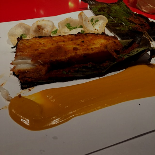 Wow. Skate ribs with Indonesian curry sauce at Streetxo in Madrid. What an amazing place - the st...